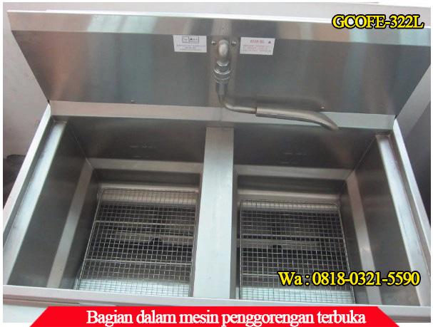 Bagian dalam mesin penggorengan terbuka